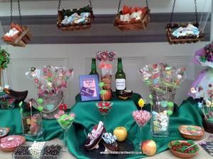 Bodas Restaurante El Duque Mesas dulces seewt Candy